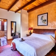Honeymoon accommodation, Eland Bedroom